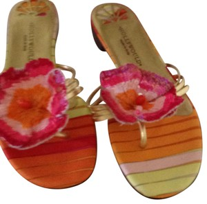 Hollywould Pink with gold. Sandals