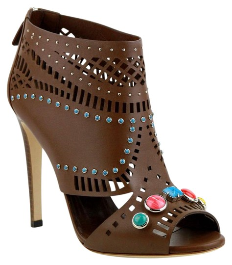 Preload https://img-static.tradesy.com/item/21767984/gucci-brown-opened-toed-with-gem-detail-it-9-371057-2548-bootsbooties-size-eu-39-approx-us-9-regular-0-1-540-540.jpg