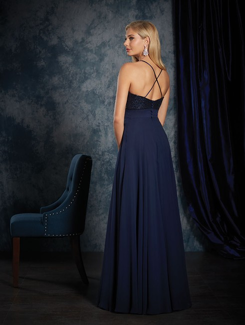 Item - Navy Sequin / Chiffon 8118 Modern Bridesmaid/Mob Dress Size 10 (M)