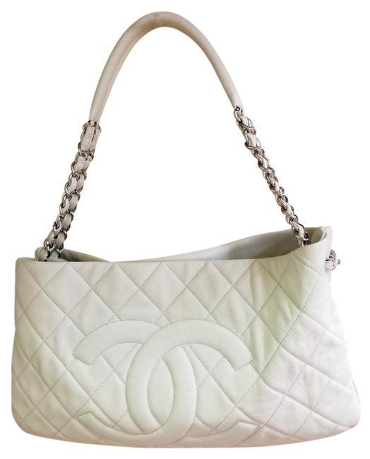 Item - 1p A50279y6882 White Lambskin Leather Hobo Bag