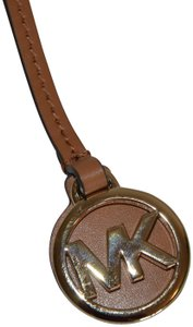 Michael Kors MICHAEL KORS GOLD ROUND MK HANGTAG CHARM FOB FOR BAG W LUGGAGE LEATHER