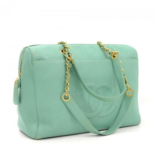 Chanel Caviar Leather One Shoulder Tote in Green