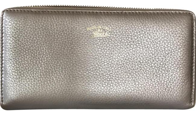 Gucci Gold Leather Zip Around Wallet Gucci Gold Leather Zip Around Wallet Image 1