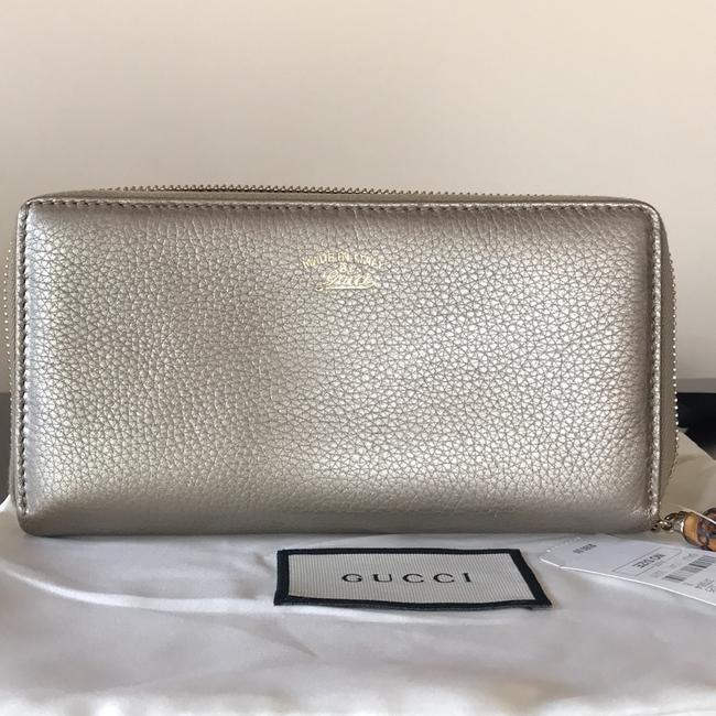 Gucci Gold Leather Zip Around Wallet Gucci Gold Leather Zip Around Wallet Image 11