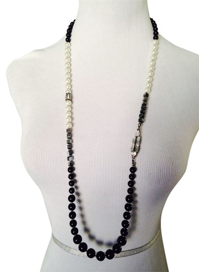 Other Art Deco Design Black & White Pearls With Crystal Long Necklace