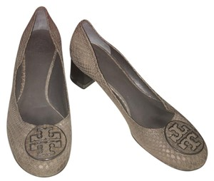 Tory Burch gray Pumps