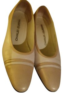 Charles Jourdan Two-toned Oval Toe Chunky Heel Made In Italy tan Pumps