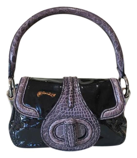 Item - Runway Collection Vernice and Crocodile Handbag Black Patent Leather Tote
