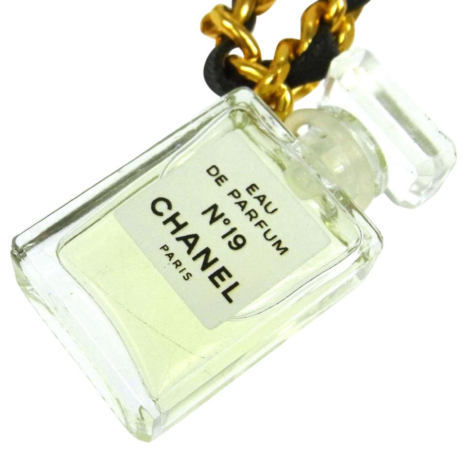 3f0c29084cfe Chanel Authentic CHANEL CC Logos Gold Chain Perfume Pendant Necklace EX COND  Image 0 ...