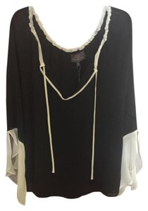PJK Patterson J. Kincaid Ruffle Sleeve. Peasant Top Black & White