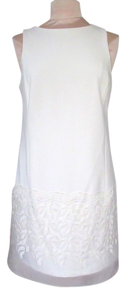 White Lace Sheath Formal Dress