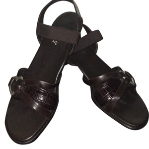 Munro American brown Sandals