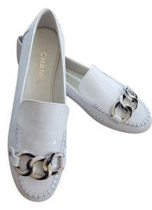 Chanel Sneakers Chain Cc Logo White Flats