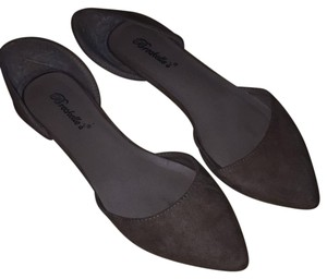 Breckelle's Open Business-casual Classic Suede Taupe Flats