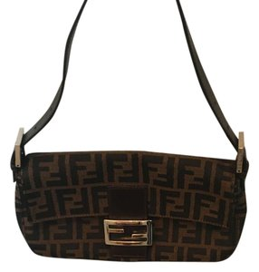 1111e6af6ad1 Fendi Small Shoulder Bags - Up to 70% off at Tradesy