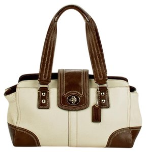 Coach Satchel in brown/ivory
