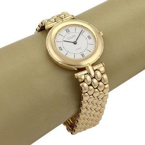 Van Cleef & Arpels 18591 - 18k Yellow Gold Ladies 31mm Wrist Watch Quartz 13107