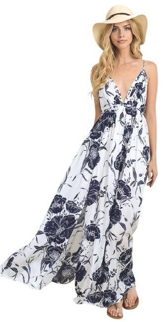 Item - Navy White Vacation Vibes Plunge In Sexy Long Casual Maxi Dress Size 12 (L)