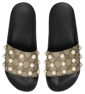 7fb86d39f38b00 Gucci Gg Supreme Slide with Pearls Sandals Size US 10 Regular (M