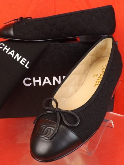 5239c69b133 Chanel Black Quilted Tweed Leather Cap Toe Bow Cc Logo Flats Size EU 39.5  (Approx. US 9.5) Regular (M, B) 20% off retail