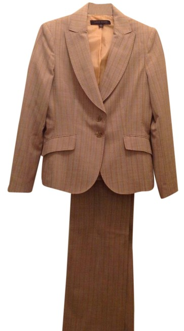 Item - Beige Fall/Winter Pant Suit Size Petite 6 (S)