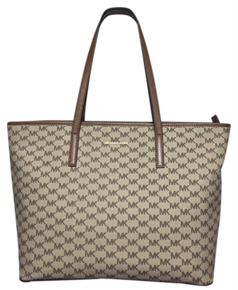 Michael Kors Emry Signature Natural Coated Canvas Leather Trim Tote ... aca78cb432f30