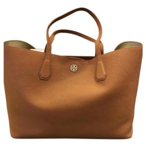 aaf295829bb5 Designer Handbags, Vintage & Luxury Bags on Sale | Tradesy