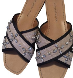 Antonio Melani Crisscross Strap Bling Studded natural and black Sandals