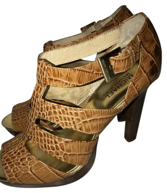 Item - Camel Heels /Sandals Sandals Size US 9.5 Regular (M, B)