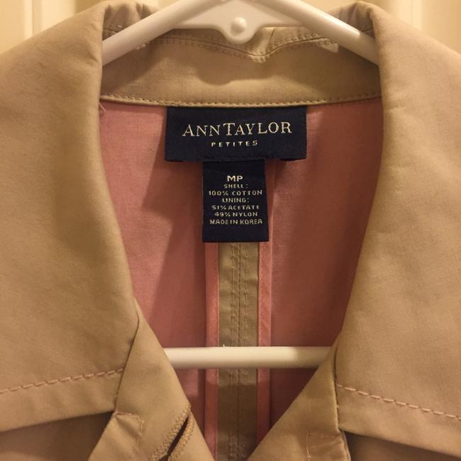 Ann Taylor Spring Lightweight Raincoat Decorative Stitching Trench Coat Image 1