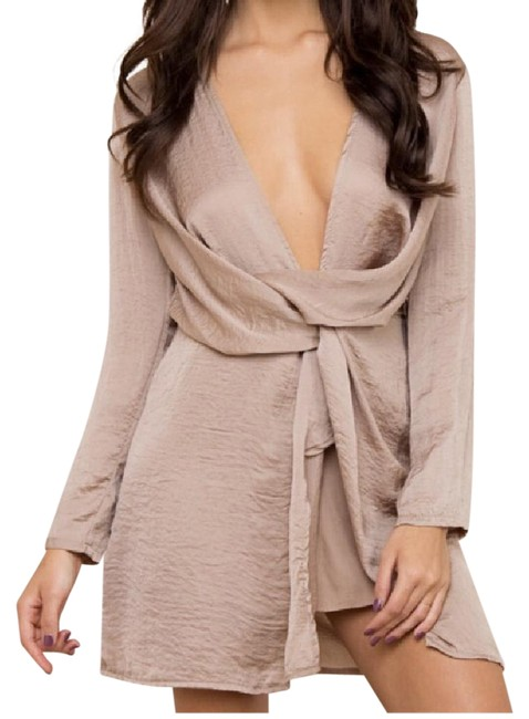 Item - Beige Mini Cocktail Short Night Out Dress Size 6 (S)