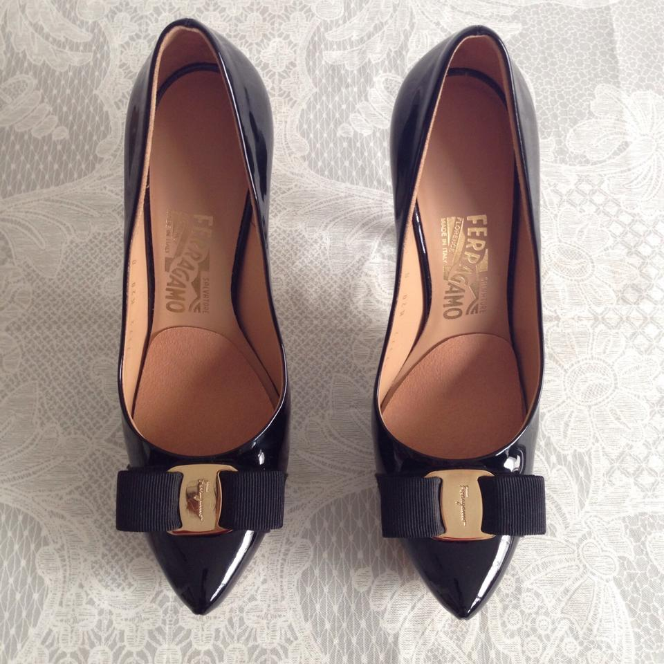 salvatore ferragamo trilly black pumps on sale 44 off pumps on sale. Black Bedroom Furniture Sets. Home Design Ideas