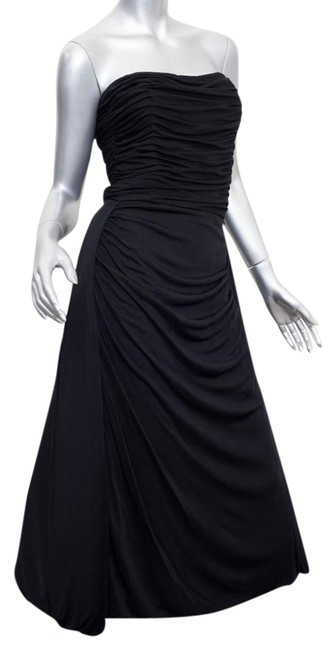 Item - Black Ruched Strapless A-line Mid-length Cocktail Dress Size 6 (S)