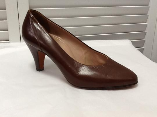 Brown Leather Classic M Pumps Size US 8 Regular (M, B) - Tradesy 9520c71873