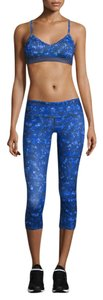 Alo Alo yoga blue airbrushed Kaleidoscope cropped leggings