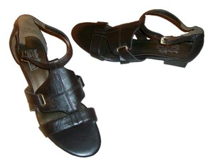 Vintage? Leather Brown Sandals