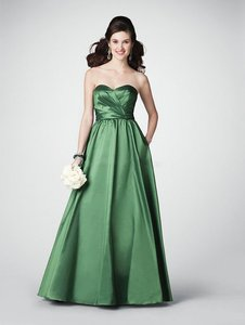 Alfred Angelo Pine Green Taffeta 7187 New with Tags Traditional Bridesmaid/Mob Dress Size 10 (M)
