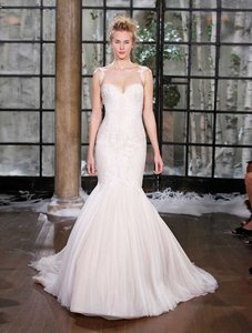 Ines Di Santo Light Ivory with Cameo Pink Underlay Leon Lace Appliques On English Net Rome Formal Wedding Dress Size 12 (L)