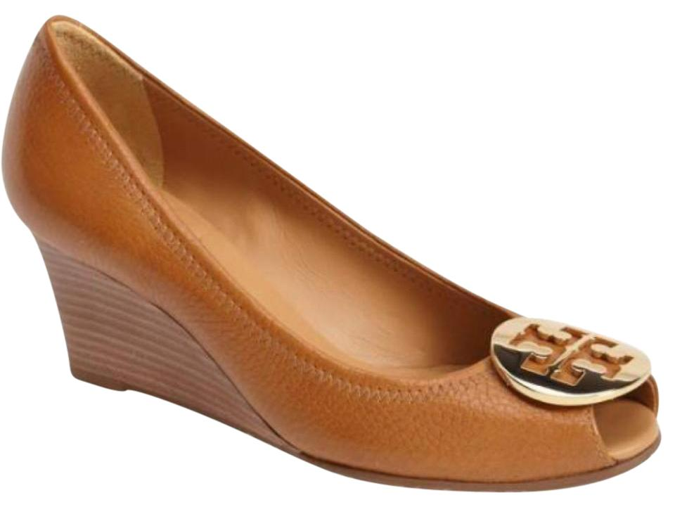 407c2fadb3039 Tory Burch Royal Tan Camel Brown Gold Sally 2 Peep Toe Wedges. Size  US 7  ...