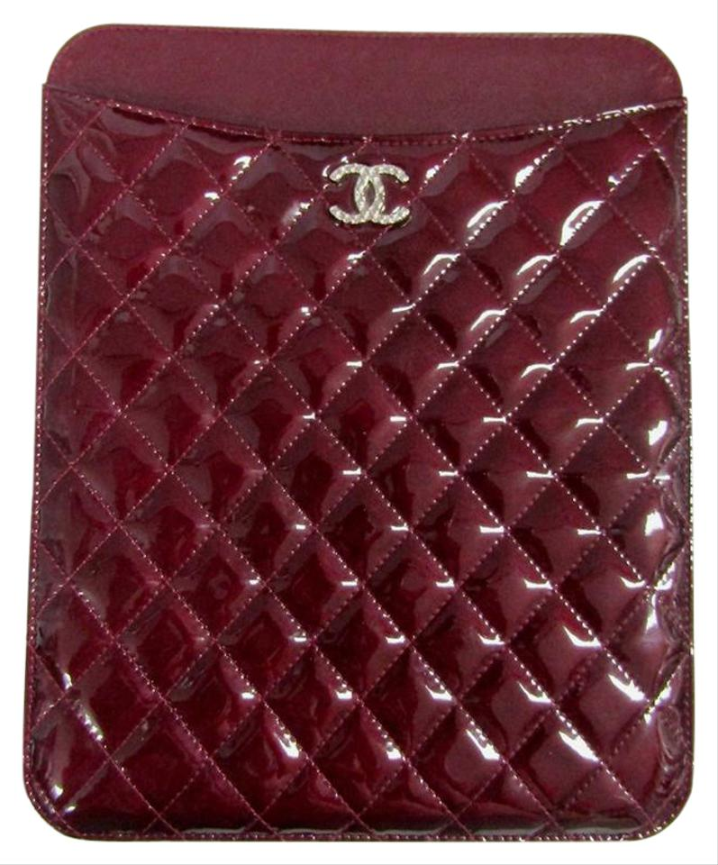 4472d00f5f50 Chanel NWT CHANEL QUILTED TABLET IPAD CASE BRILLIANT CC PATENT RARE LIGHT  Image 0 ...