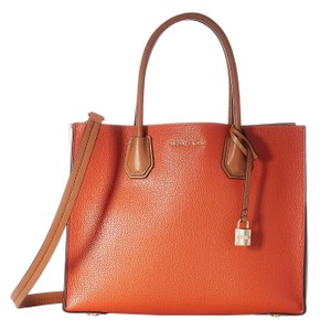 Michael Kors Tote in Orange/Ecru/Acorn