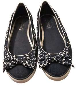 Coach baby blue with coach logo on ribbon. Flats