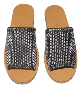 08b6fc1d1a25 Chanel Slides - Up to 70% off at Tradesy (Page 3)