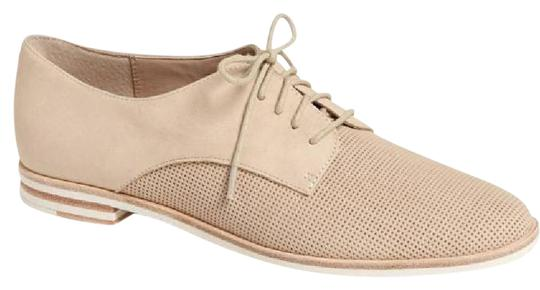 Preload https://img-static.tradesy.com/item/21808238/french-connection-nude-tan-dakin-perforated-leather-oxford-flats-size-eu-38-approx-us-8-regular-m-b-0-1-540-540.jpg