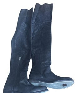LD Tuttle Black Boots