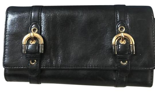 Preload https://img-static.tradesy.com/item/21810839/badgley-mischka-black-fold-over-walletclutch-with-buckle-detail-wallet-0-2-540-540.jpg