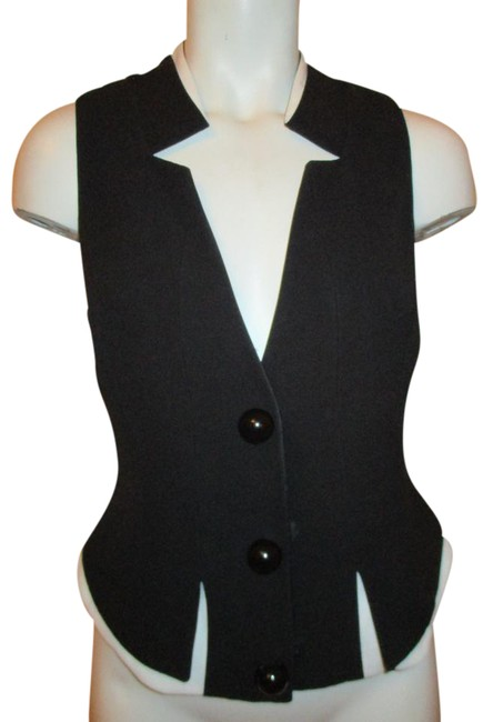 Preload https://img-static.tradesy.com/item/21811320/giorgio-armani-black-and-white-silk-vest-size-4-s-0-1-650-650.jpg