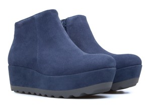 Camper Laika Suede Ankle Wedge 10 blue Boots