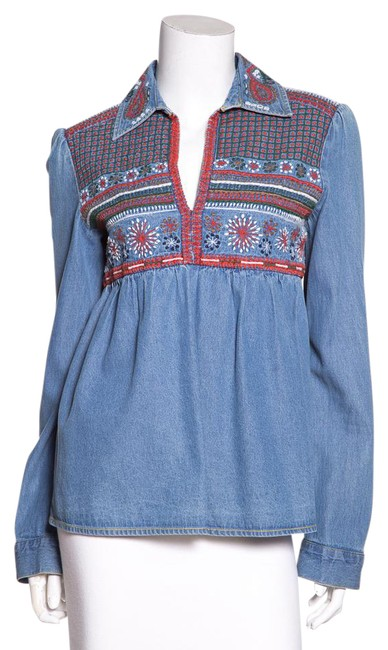 Preload https://item2.tradesy.com/images/alice-olivia-blue-denim-embroidered-tunic-size-6-s-21811626-0-1.jpg?width=400&height=650