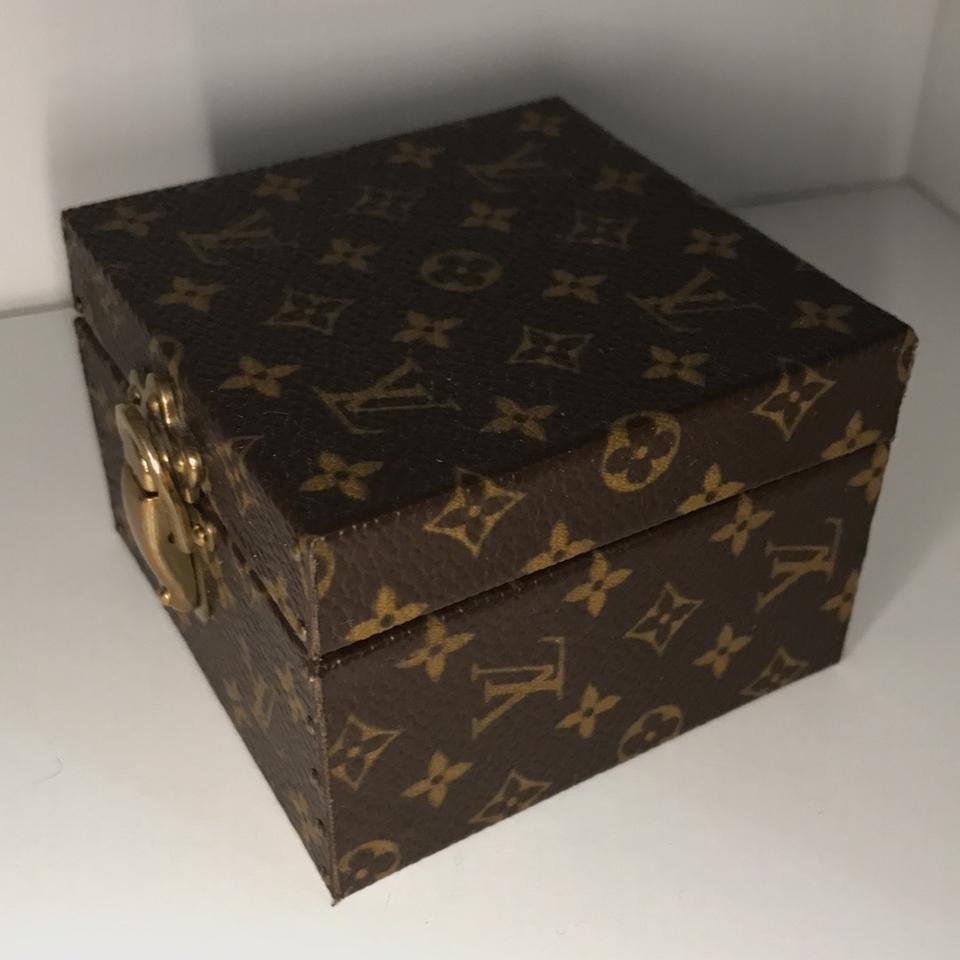 hot sale online edc6a 9b29b Louis Vuitton Lv Classic Brown Box Rare Trunk Case / Ring Travel Vanity